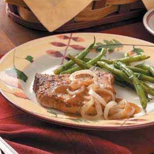 Pork Chops with Onions Recipe