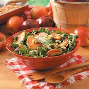 Grilled Apple Tossed Salad Recipe