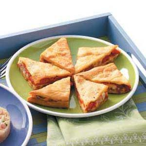 Roasted Red Pepper Triangles Recipe