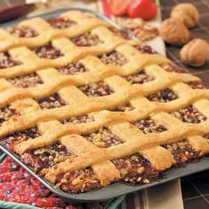 Hungarian Strawberry Pastry Bars Recipe