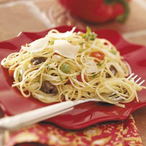 Pasta with Sausage 'n'  Peppers Recipe