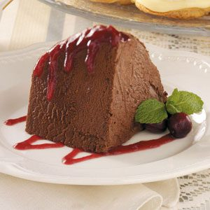 Chocolate Mousse with Cranberry Sauce Recipe