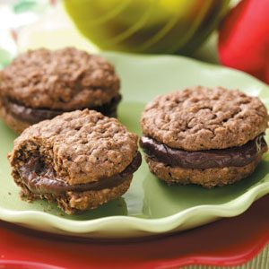 Homemade Chocolate Sandwich Cookies Recipe