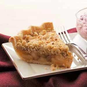 Cinnamon Apple Crumb Pie Recipe photo by Taste of Home