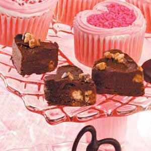 Fudge with Candy Bar Bits Recipe