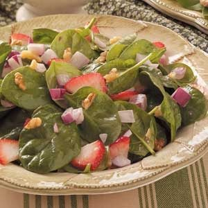 Strawberry-Bacon Spinach Salad Recipe