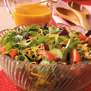 Tossed Salad with Carrot Dressing Recipe