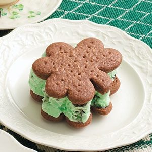 Minty Ice Cream Shamrocks Recipe