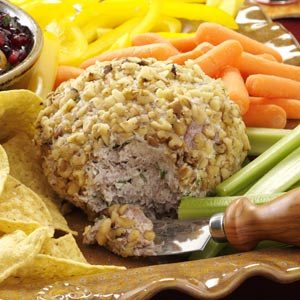 Beef & Onion Cheese Ball Recipe