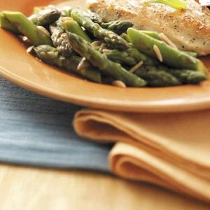 Stir-Fried Asparagus with Slivered Almonds Recipe