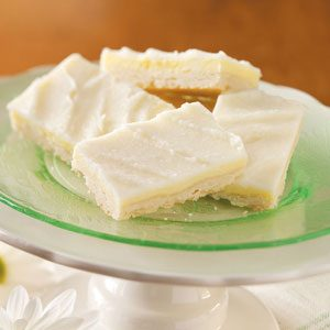 Almond Cheesecake Bars Recipe