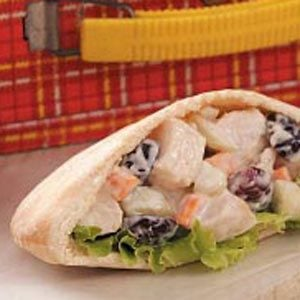 Crunchy Chicken Salad Pitas Recipe