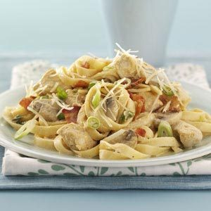 Chicken Fettuccine Alfredo with Bacon