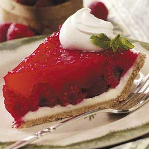 Raspberry Patch Cream Pie Recipe