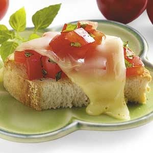 Mozzarella Basil Bruschetta Recipe