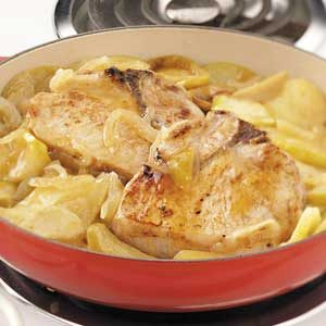 Stovetop Pork Chops with Apples Recipe
