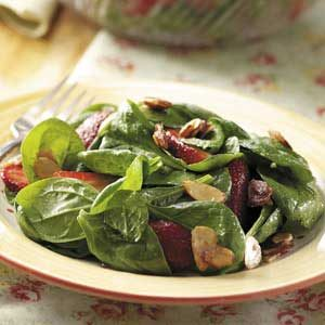 Berry-Spinach Salad with Almonds Recipe