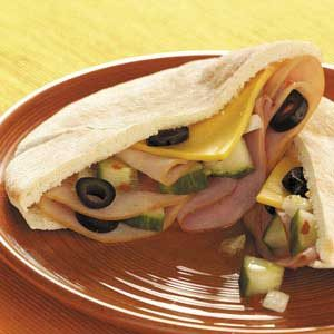 Meat 'n' Veggie Pockets Recipe