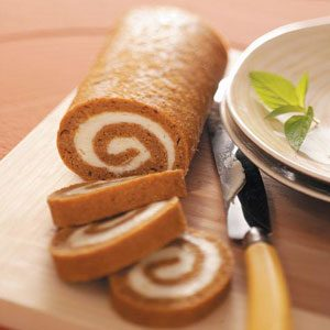 Low-Fat Pumpkin Cake Roll Recipe