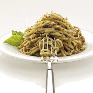 Tomato-Walnut Pesto on Linguine