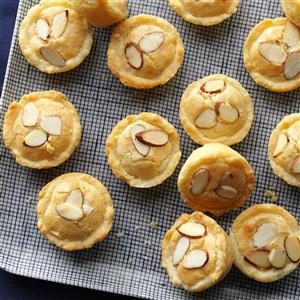 Holiday Almond Tassies Recipe