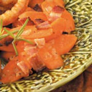 Bacon 'n' Onion Carrots Recipe