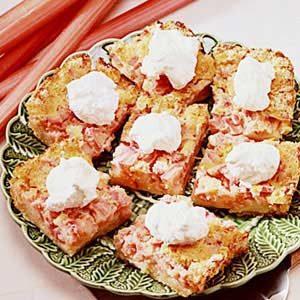 Old-Fashioned Rhubarb Torte Recipe