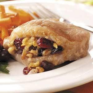 Cranberry-Stuffed Pork Chops Recipe