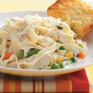 Chicken Fettuccine Alfredo with Veggies