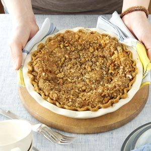 Walnut-Streusel Pumpkin Pie