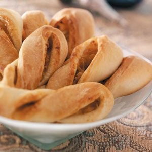 Caramelized Onion Breadsticks Recipe