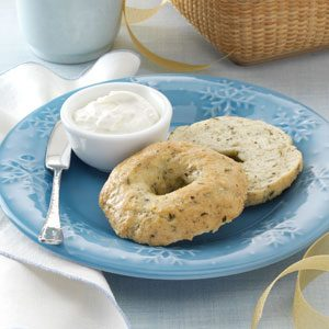 Herbed Onion Bagels Recipe