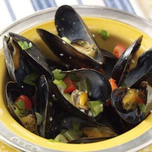 Steamed Mussels with Peppers Recipe