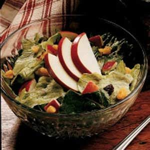 Quick Apple Lettuce Salad Recipe