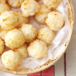 Lemony Coconut Macaroons Recipe