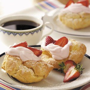 Strawberry Cream Puff Dessert