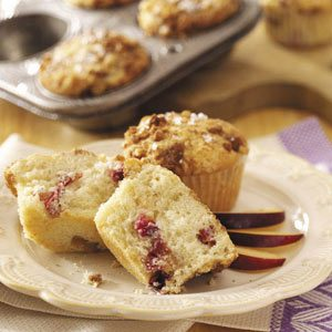 Streusel-Topped Plum Muffins Recipe