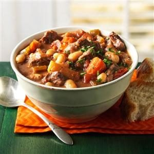 21 Healthy Fall Stews to Warm Up Cold Nights