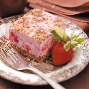 Frozen Strawberry Shortbread Dessert