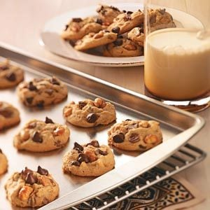 Chocolate Peanut Cookies