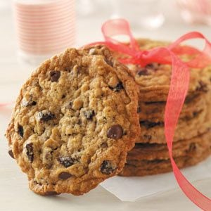 Chocolate Chip Cherry Oatmeal Cookies Recipe