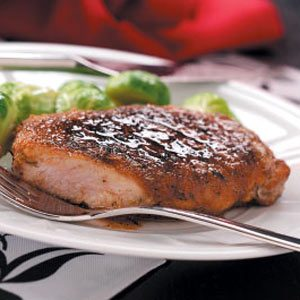 Quick Apple-Glazed Pork Chops Recipe