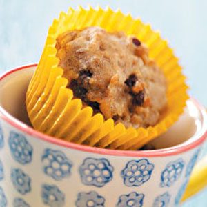 Banana Date-Nut Mini Muffins Recipe