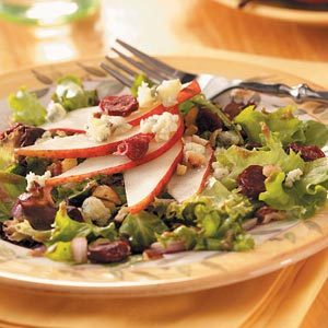 Hazelnut and Pear Salad Recipe
