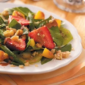 Fresh & Fruity Spinach Salad Recipe
