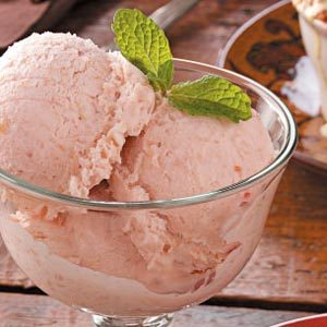 Rhubarb Ginger Ice Cream Recipe