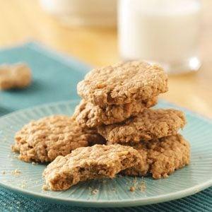 Easy Peanut Butter Oatmeal Cookies Recipe