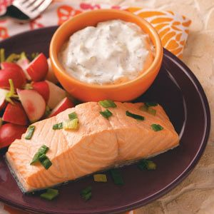 Chilled Salmon with Cucumber-Dill Sauce Recipe