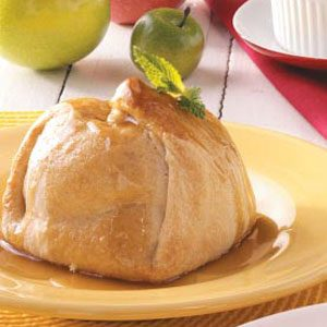 Apple Dumplings with Caramel Sauce