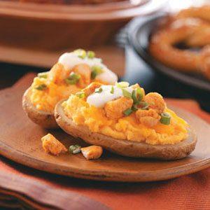 Buffalo Chicken-Topped Potatoes Recipe